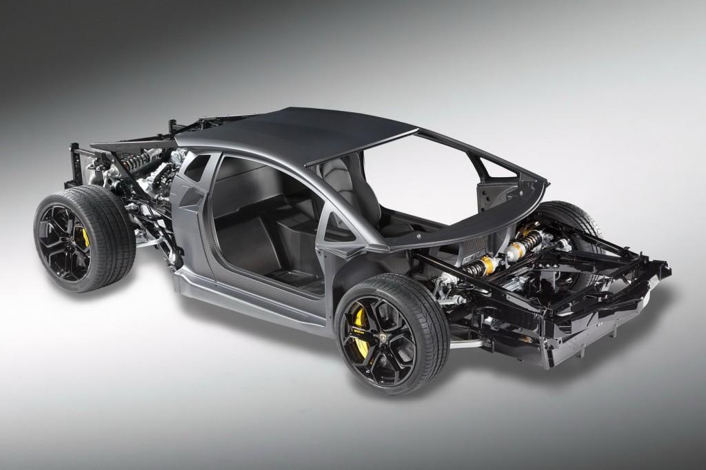 Lamborghini Aventador LP700 V12 Şaşe