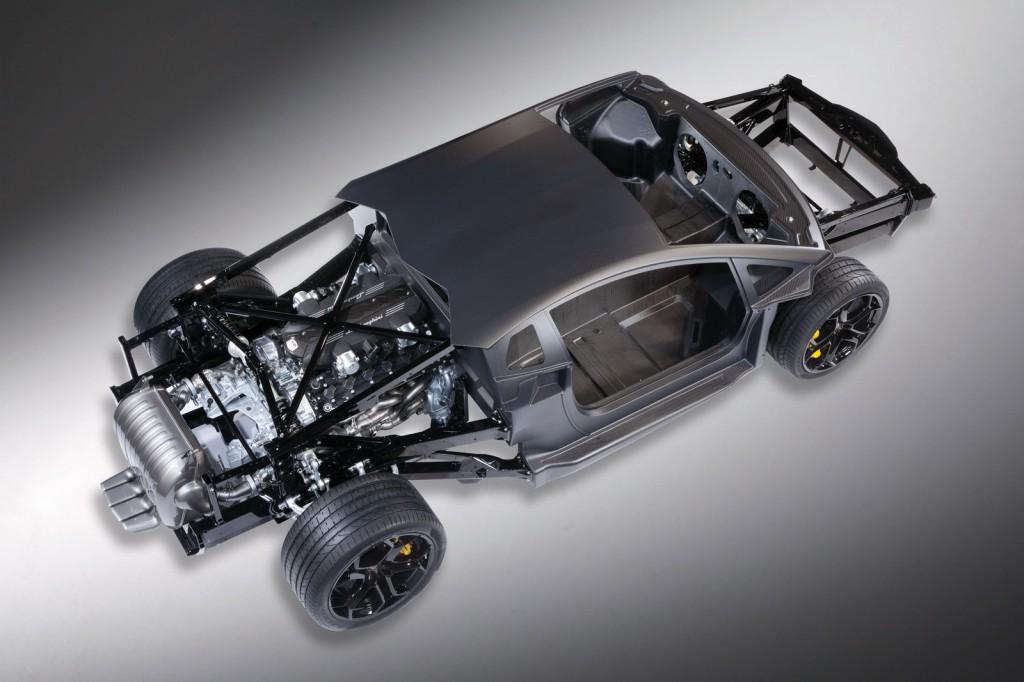 Lamborghini Aventador LP700 V12 Şaşe Üst